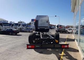 Nuevo IVECO AS260S46Y/PS. 6x2 con tercer eje direccional y elevable. Cambio automático Hi Traxon con intarder.