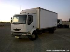 Camión usado Renault modelo 220.16, manual, con caja frigorífica.