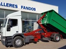 Camión IVECO MT190E27 con gancho multilift  Cajon de 5.90 x 1.80 x 2.30m