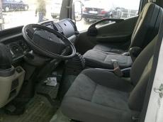 Renault Maxity 150.35, matriculado 12.03.12, Euro 4, solo 29.000km, en chasis, llevaba caja abierta de 4.9x2.2m.