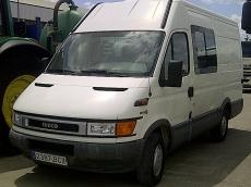 Furgon IVECO 35S11V de 12m3 del ñao 2000