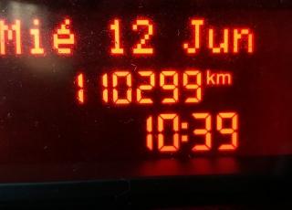 Furgón de ocasión IVECO Daily 35S13V, de 12m3, del año 2015, con 110.292km, revisada, con mantenimientos y con 12 meses de garantía de cadena cinemática.