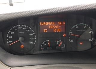 Furgoneta IVECO Daily 35S13V de 7m3, del año 2013 con 195.542km, con  6 meses de garantía de cadena cinemática.
