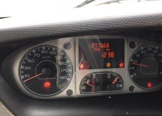 Furgón de ocasión IVECO Daily 35S14V de 15m3, del año 2010, con 377.668km.