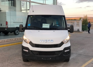 Used Van IVECO Daily 35S15V of 16m3, year 2015, with 108.450km.