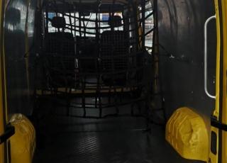 Furgoneta RENAULT MASTER 125.35 L3H2, del año 2013 con 127.104km.