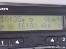 Cabeza tractora IVECO, 6x4, AD380T41, solo 16.180km, Euro 5, fabricada 2008, manual, incorpora Grua Amco Veba 950 8s año 2006, con cabrestante, 4 estabilizadores, legaliza para llevar caja sobre quinta rueda.