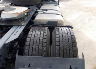 Cabeza tractora IVECO AS440S46TP,  Hi Way,  Euro6,  Automática con intarder,  Del año 2015,  Con 420.373km. Neumáticos 315/60R22.5  Precio 22.000€+IVA, con tractora reacondicionada y con 12 meses de garantía de cadena cinemática.