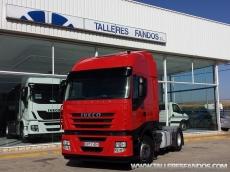 Cabeza tractora IVECO AS440S42TP, automática con intarder, del año 2011, con 497.200km, con 12 meses de garantía de cadena cinemática.