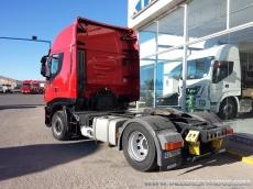 Cabeza tractora IVECO AS440S42TP, automática con intarder, del año 2011, con 455.443km, con 12 meses de garantía de cadena cinemática.