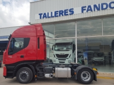 Tractor head IVECO AS440S42TP, automatic with retarder, year 2012, with 485.183km.