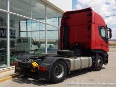 Cabeza tractora IVECO AS440S42TP, automática con intarder, del año 2011, con 396.215km, con 12 meses de garantía de cadena cinemática.