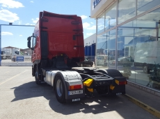 Cabeza tractora IVECO AS440S42TP, Hi Way, automática con intarder, del año 2014, con 442.018km, con 12 meses de garantía de cadena cinemática.