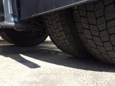 Cabeza tractora IVECO AS440S42TP, Hi Way, automática con intarder, del año 2014, con 329.948km, con 12 meses de garantía de cadena cinemática.