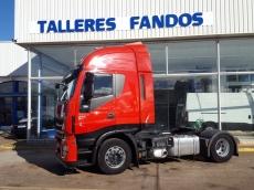 Cabeza tractora IVECO AS440S42TP, Hi Way, automática con intarder, del año 2013, con 448.975km, con 12 meses de garantía de cadena cinemática.