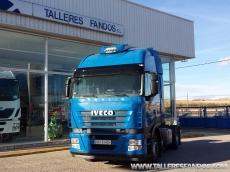 Cabeza tractora IVECO AS440S45TP, automática con intarder, del año 2011, con 451.812km, con 12 meses de garantía de cadena cinemática.