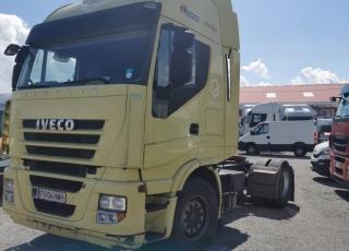 Cabeza tractora IVECO AS440S46TP, CUBE, automática con intarder, del año 2012, con 940.200km