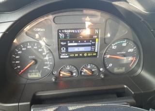Cabeza tractora IVECO AS440S46TP EVO,  Hi Way,  Euro6,  automática con intarder,  Del año 2017,  Con 485.481km. Neumáticos 385/65R22.5 y 315/80R22.5 Con equipo de frío nocturno.  Precio 37.500€+IVA, con tractora reacondicionada y con 12 meses de garantía de cadena cinemática.