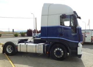Cabeza tractora IVECO AS440S46TP,  Hi Way,  Euro6,  Automática con intarder,  Del año 2015,  Con 539.418km, Neumáticos 315/80R22.5, Con ADR  Precio 24.900€+IVA, con tractora reacondicionada y con 12 meses de garantía de cadena cinemática.