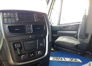 Cabeza tractora IVECO AS440S46TP,  Hi Way,  Euro6,  Automática con intarder,  Del año 2015,  Con 766.843km, Neumáticos 365/65R22.5 y 315/80R22.5,  Precio 15.500€+IVA,  SIN garantía.