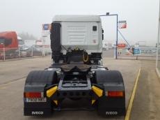 Cabeza tractora IVECO AS440S46TP, con motor ecostralis, automática con intarder, del año 2012, con 477.143km, con 12 meses de garantía de cadena cinemática. Con techo bajo.