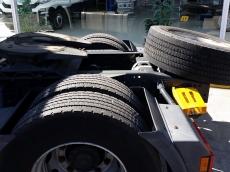 Cabeza tractora IVECO AS440S46TP, automática con intarder, del año 2012, con 304.293km, con 12 meses de garantía de cadena cinemática.