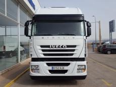 Cabeza tractora IVECO AS440S46TP, automática con intarder, del año 2012, con 465.532km, con 12 meses de garantía de cadena cinemática.