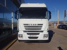 Cabeza tractora IVECO AS440S46TP, automática con intarder, del año 2012, con 452.763km, con 12 meses de garantía de cadena cinemática.