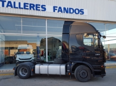 Cabeza tractora IVECO AS440S46TP, automática con intarder, del año 2012, con 286.855km, con 12 meses de garantía de cadena cinemática.