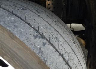 Cabeza tractora IVECO AS440S48TP,  EVO Hi Way,  Euro6,  Automática con intarder,  Del año 2017,  Con 371.779km. Neumáticos 315/70R22.5  Precio 42.500€+IVA, con tractora reacondicionada y con 12 meses de garantía de cadena cinemática.