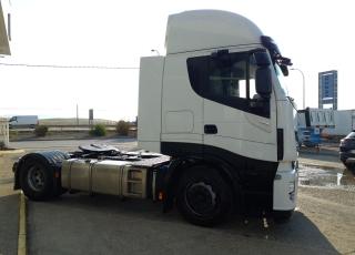 Cabeza tractora IVECO AS440S48TP,  EVO Hi Way,  Euro6,  Automática con intarder,  Del año 2017,  Con 356.214km. Neumáticos 315/70R22.5  Precio 42.500€+IVA, con tractora reacondicionada y con 12 meses de garantía de cadena cinemática.
