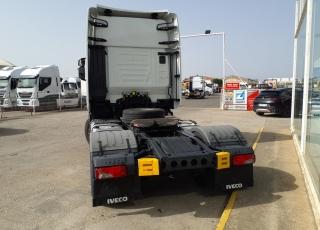 Cabeza tractora IVECO AS440S48TP,  EVO Hi Way,  Euro6,  Automática con intarder,  Del año 2017,  Con 385.844km. Neumáticos 315/70R22.5  Precio 42.500€+IVA, con tractora reacondicionada y con 12 meses de garantía de cadena cinemática.