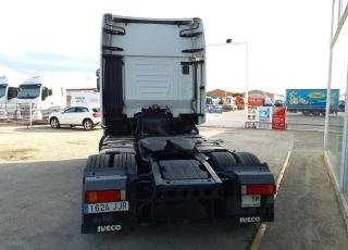 Cabeza tractora IVECO AS440S48TP,  Hi Way,  Euro6,  Automática con intarder,  Del año 2015,  Con 507.648km. Neumáticos 365/55R22.5 y 315/70R22.5  Precio 24.900€+IVA, con tractora reacondicionada y con 12 meses de garantía de cadena cinemática.