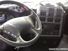 Cabeza tractora IVECO AS440S50TP automática con intarder, del año 2010, solo 513.451km, en muy buenas condiciones, con 12 meses de garantía de cadena cinemática.