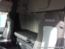 Cabeza tractora IVECO AS440S50TP automática, del año 2010, solo 418.884km, en muy buenas condiciones, con 12 meses de garantía de cadena cinemática.