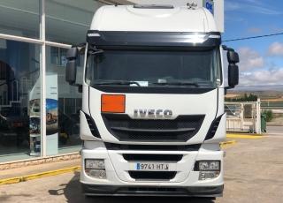 Cabeza tractora IVECO AS440S50TP, Hi Way, automática, del año 2013, con 571.143km.