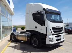 Cabeza tractora IVECO AS440S50TP Hi Way, automática con intarder, del año 2013, con 459.653km, con 12 meses de garantía de cadena cinemática.