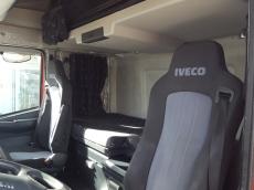 Cabeza tractora IVECO AS440S50TP automatica con intarder, del año 2010, solo 526.804km, en muy buenas condiciones.