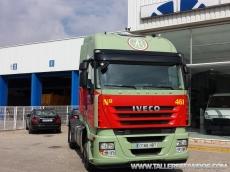 Cabeza tractora IVECO AS440S50TP, automática con intarder, del año 2011, con 363.590km, con 12 meses de garantía de cadena cinemática.