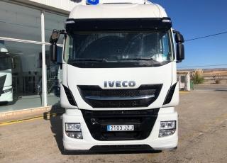 Cabeza tractora  IVECO  AS440S51TP EVO MY16, Hi Way,  automática con intarder,  del año 2017,  con 453.260km.