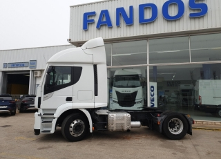 Cabeza tractora IVECO  Modelo AT440S46TP  Hi Road EVO Euro6,  Automática con intarder,  Del año 2017,  739.039km.