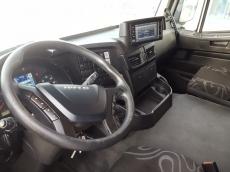 Cabeza tractora IVECO Hi Road AT440S46T/P, automática con intarder, del año 2013, con 555.895km, con 12 meses de garantía de cadena cinemática.