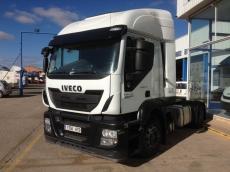 Cabeza tractora IVECO Hi Road AT440S46T/P, automática con intarder, del año 2013, con 315.744km, con 12 meses de garantía de cadena cinemática.