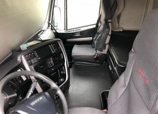 ¡¡¡Renueva tu camión por un IVECO EEV  HI WAY desde 555,00,-€ al mes.!!!  Cabeza tractora IVECO Hi Way AS440S46T/P EEV, automática con intarder, del año 2013, con 436.712km, con  garantía de cadena cinemática.
