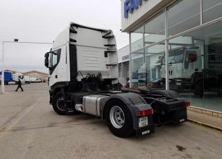 ¡¡¡Renueva tu camión por un IVECO EEV  HI WAY desde 555,00,-€ al mes.!!!  Cabeza tractora IVECO Hi Way AS440S46T/P EEV, automática con intarder, del año 2013, con 437.450km, con  garantía de cadena cinemática.