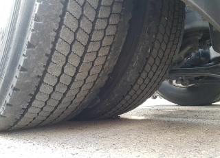 ¡¡¡Renueva tu camión por un IVECO EEV  HI WAY desde 555,00,-€ al mes.!!!  Cabeza tractora IVECO Hi Way AS440S46T/P EEV, automática con intarder, del año 2013, con 412.000km, con  garantía de cadena cinemática.