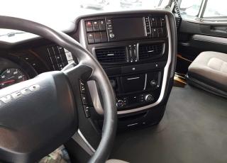 ¡¡¡Renueva tu camión por un IVECO EEV  HI WAY desde 555,00,-€ al mes.!!!  Cabeza tractora IVECO Hi Way AS440S46T/P, automática con intarder, del año 2013, con 589.813km, con garantía de cadena cinemática.