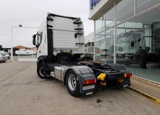 ¡¡¡Renueva tu camión por un IVECO EEV  HI WAY desde 555,00,-€ al mes.!!!  Cabeza tractora IVECO Hi Way AS440S46T/P, automática con intarder, del año 2013, con 449.534km, con   garantía de cadena cinemática.