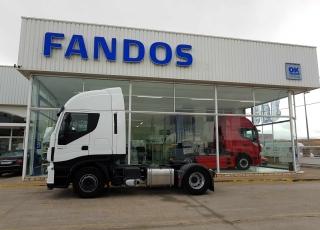 ¡¡¡Renueva tu camión por un IVECO EEV  HI WAY desde 555,00,-€ al mes.!!!  Cabeza tractora IVECO Hi Way AS440S46T/P, automática con intarder, del año 2013, con 418.617km, con de garantía de cadena cinemática.