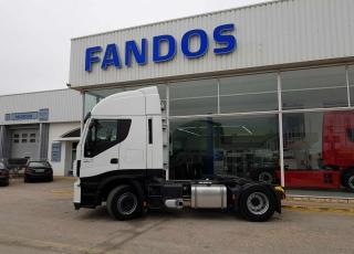¡¡¡Renueva tu camión por un IVECO EEV  HI WAY desde 555,00,-€ al mes.!!!   Cabeza tractora IVECO Hi Way AS440S46T/P, automática con intarder, del año 2013, con 443.500km, con de   garantía de cadena cinemática.